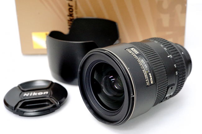 ニコン AF-S DX Zoom-Nikkor 17-55mm f/2.8G IF-ED レンズ